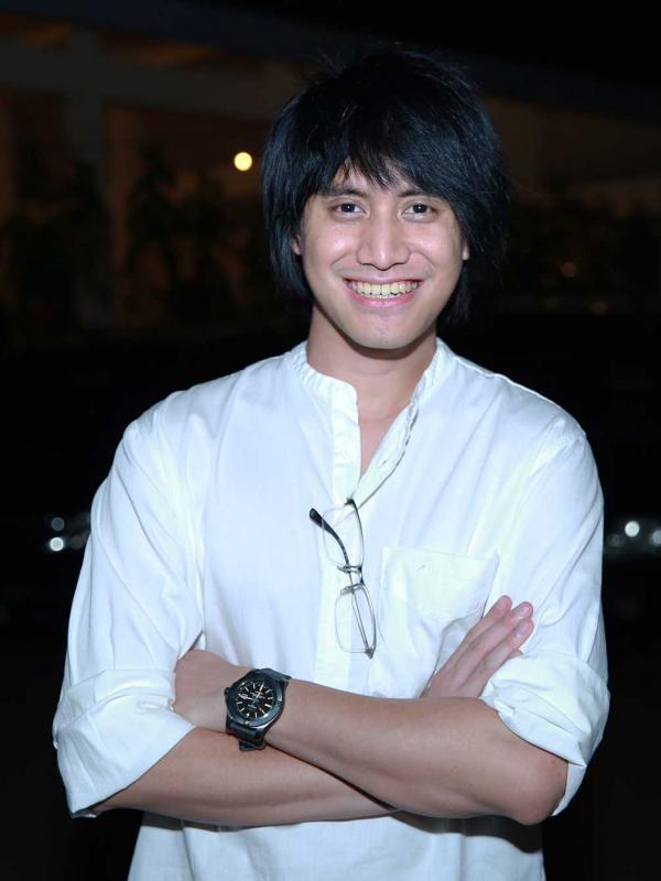 Kevin Aprilio Terbitkan Idol Grup Jepang