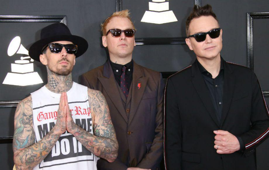 Blink-182 Batalkan Konser  Pasca Kematian Chester Bennington