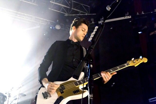Bassist Panic! at the Disco Mengundurkan Diri