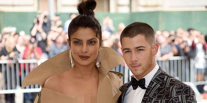 Nick Jonas dan Priyanka Chopra Akan Menikah?